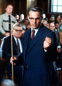 Kevin Kostner como el ex fiscal Garrison