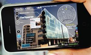 Ejemplo de realidad aumentada en una calle de Londres usando un iPhone.